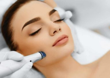 Factors to consider while hiring a doctor for skin Treatment