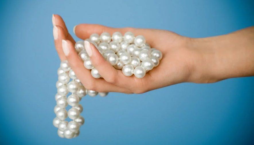 Tips One Should Know on How to Take Care of Pearls