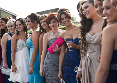 Prom Dresses – The Best Gift For Your BFF!