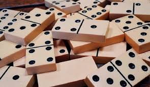 Having Fun Whole Day with Online Domino QQ Game