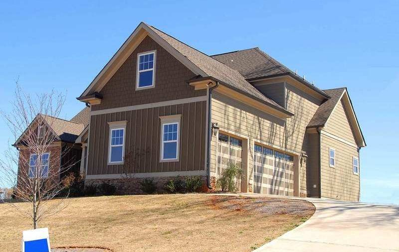Helpful tips in buying a house