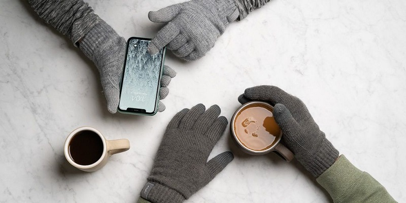 Get Benefit of Touchscreen Friendly Wool Gloves This Winter