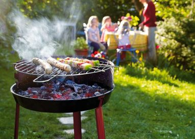 Make Your BBQ Party Night Easier with These 5 BBQ Accessories
