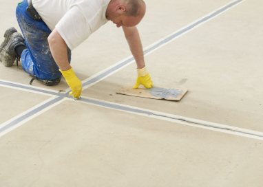 A Guide To Repairing A Cracked Concrete Floor
